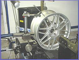 Шиномонтаж литых дисков