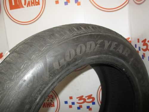 Шина 215/55/R16 GOODYEAR Ultra Grip-8 Perfomance износ не более 1%