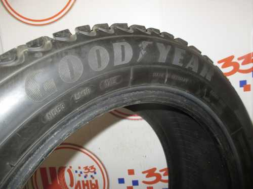 Шина 215/55/R16 GOODYEAR Ultra Grip Ice Arctic износ не более 40%