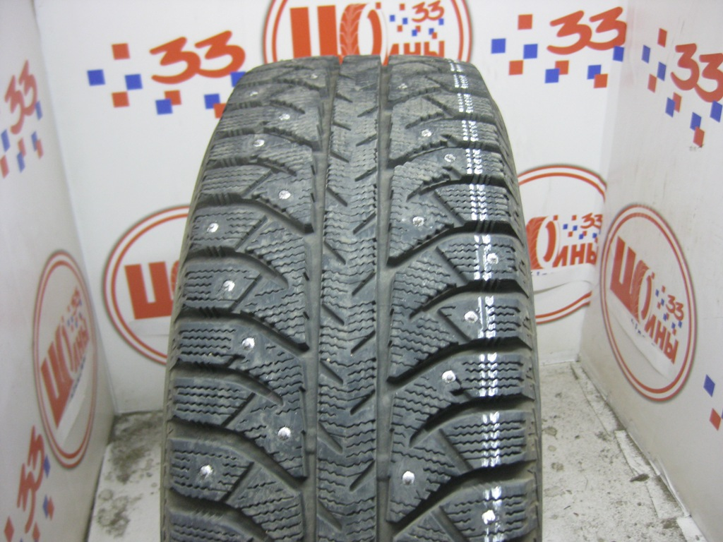 Б/У 195/65 R15 Зима Шипы  BRIDGESTONE IC-7000 Кат. 2