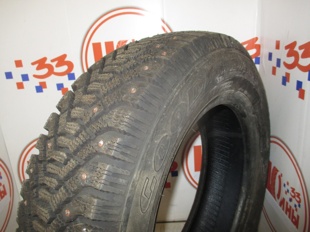 Б/У 175/70 R14 Зима Шипы  GOODYEAR Ultra Grip-500 Кат. 2