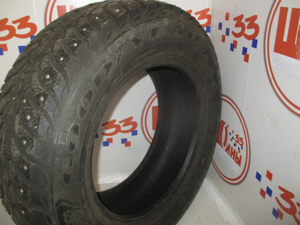 Б/У 185/70 R14 Зима Шипы  GOODYEAR Ultra Grip Extreme  Кат. 3