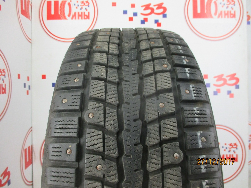 Б/У 215/50 R17 Зима Шипы  DUNLOP SP Winter Ice-01 Кат. 2