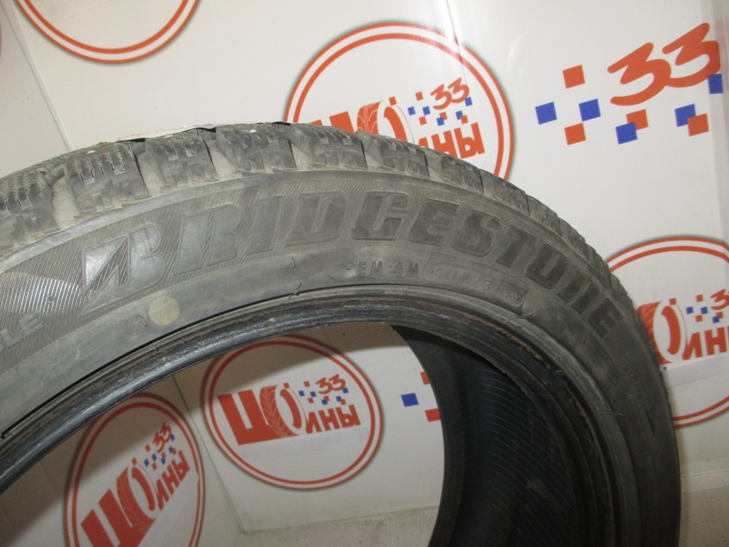 Б/У 215/50 R17 Зима Шипы  BRIDGESTONE IC-7000 Кат. 2