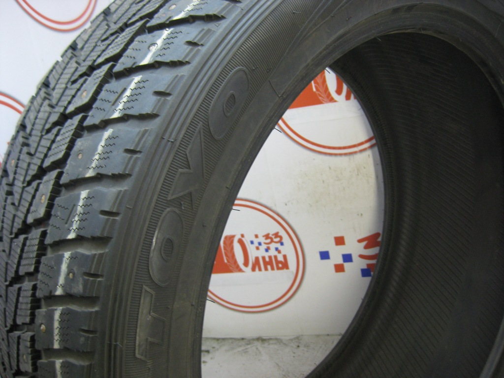 Б/У 295/40 R21 Зима Шипы  TOYO Open Country I/T Кат. 2