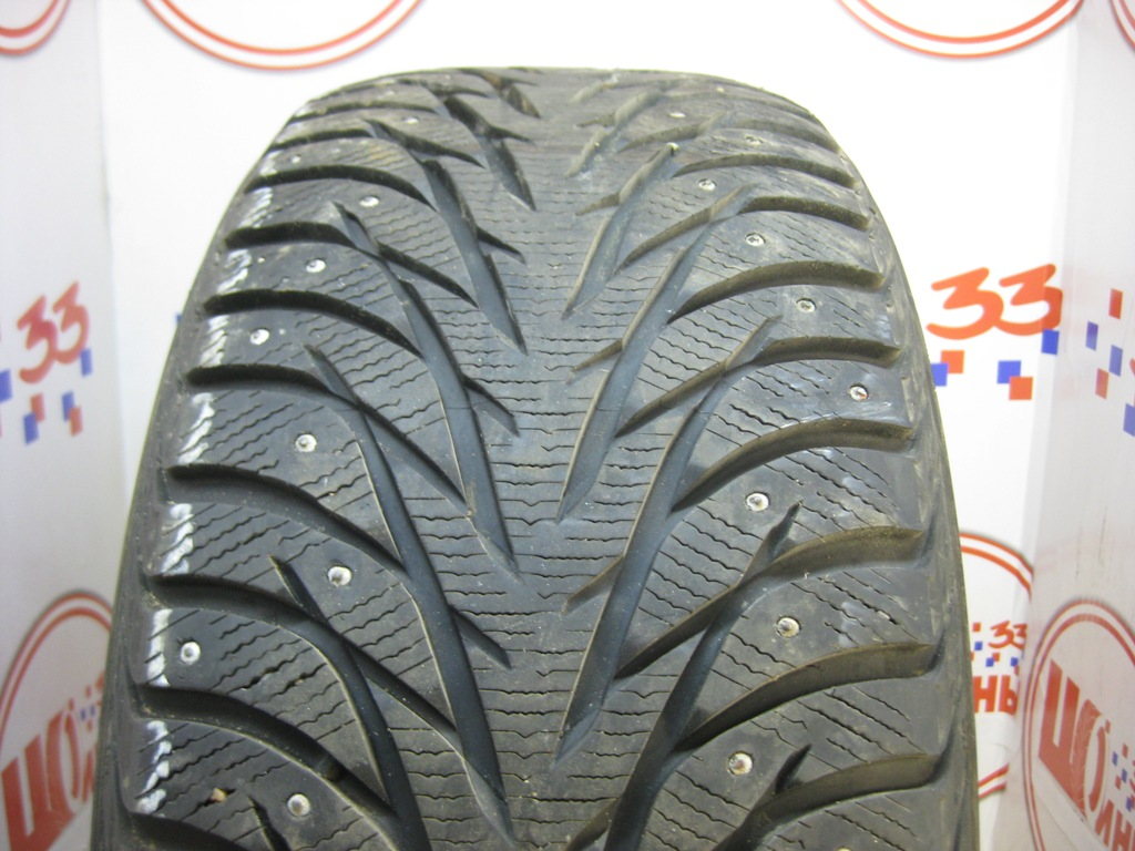 Б/У 245/45 R19 Зима Шипы  YOKOHAMA Ice Guard IG-35 Кат. 2