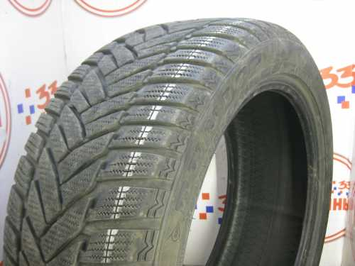 Шина 245/45/R18 DUNLOP SP Winter Sport M-3 износ не более 10%
