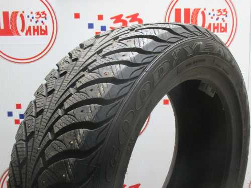 Б/У 205/55 R16 Зима Шипы  GOODYEAR Ultra Grip Extreme  Кат. 2