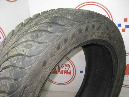 Шина 225/55/R17 GOODYEAR Ultra Grip Extreme  износ не более 40%