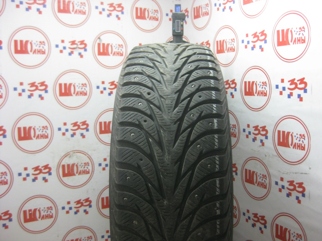 Б/У 215/65 R16 Зима Шипы  YOKOHAMA Ice Guard IG-35 Кат. 3