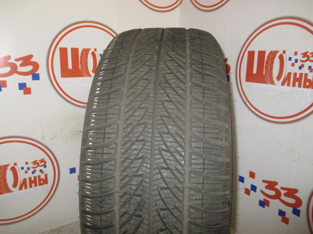 Б/У 225/40 R18 Зима Шипы  GOODYEAR Ultra Grip-8 Кат. 3