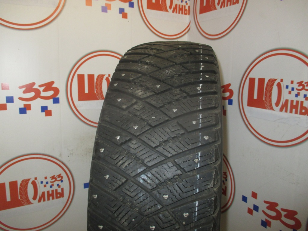 Б/У 215/65 R16 Зима Шипы  GOODYEAR Ultra Grip Ice Arctic Кат. 3