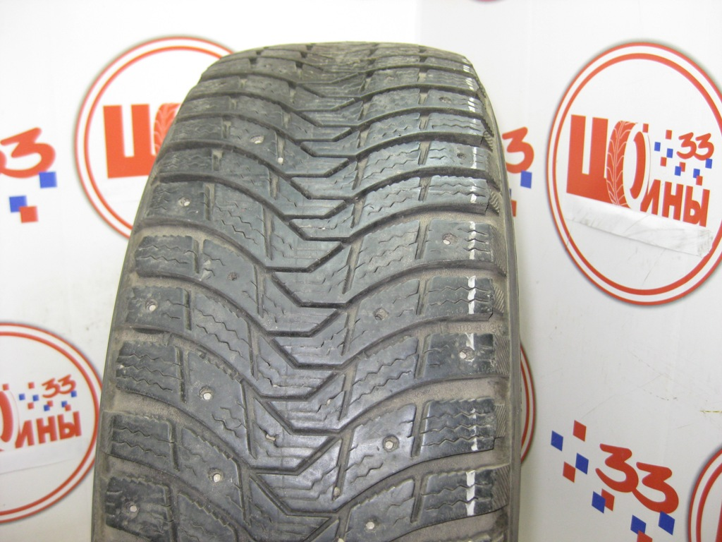 Б/У 225/70 R16 Зима Шипы  MICHELIN Latitude X-Ice North Кат. 2