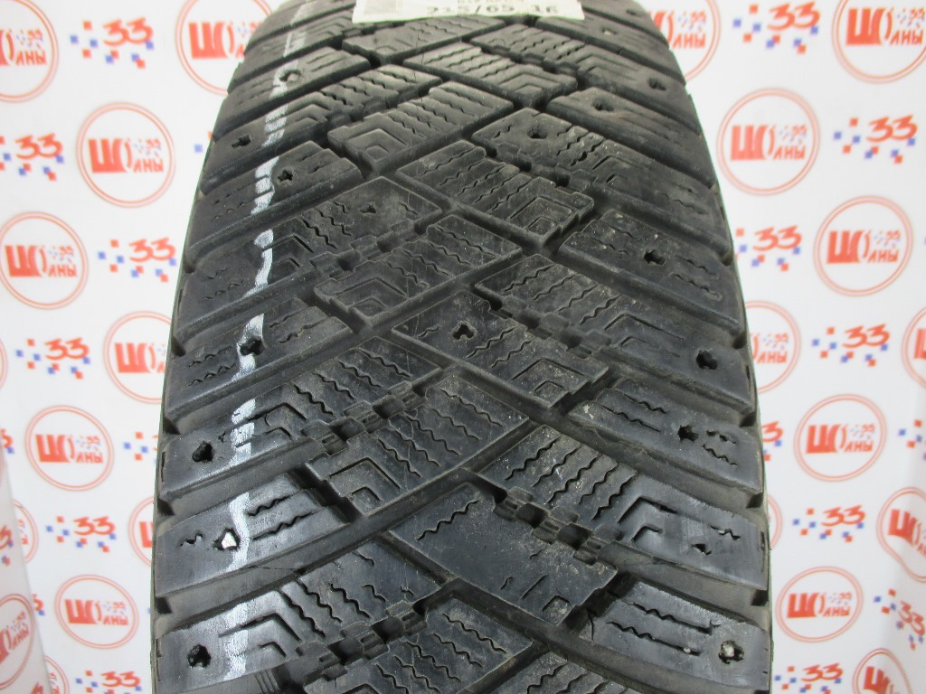 Б/У 215/65 R16 Зима Шипы  GOODYEAR Ultra Grip Ice Arctic Кат. 4