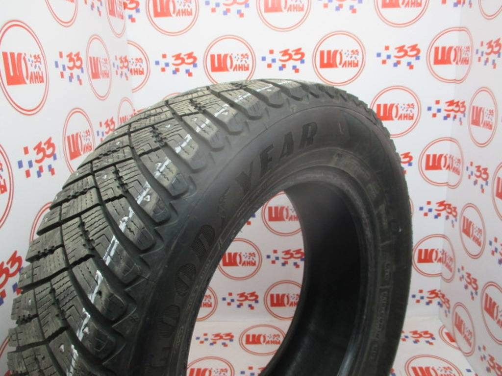Б/У 215/65 R16 Зима Шипы  GOODYEAR Ultra Grip Ice Arctic Кат. 5